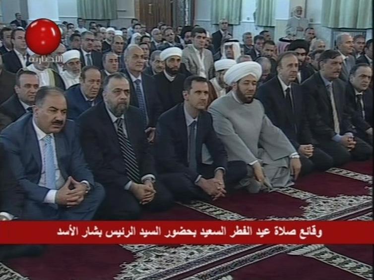 President Bashar al-Assad performed Thursday Eid al-Fitr Prayer at Anas Bin Malek Mosque in Damascus.